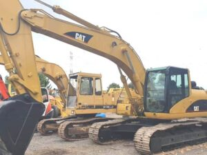 2004 Caterpillar 322CLN